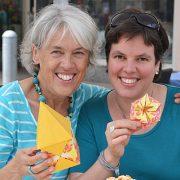 Renate Weber und das Hohenloher Origami-Team